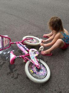 Här tvättas cykel!