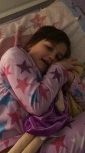 Så här glad var hon inte imorse... Denna bild i pyjamas togs i feburari....